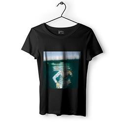 Love Underwater - Unisex Tshirt - Picture Photography Artwor