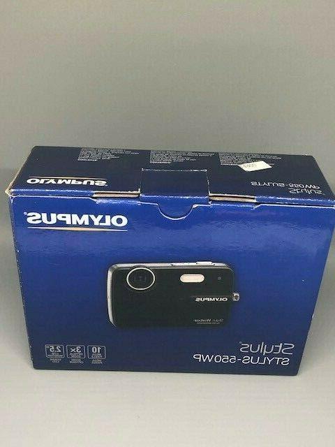 Olympus Stylus 550WP Waterproof Camera 3x Zoom and 2.5