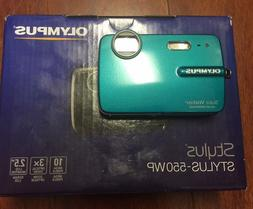 Olympus Stylus 550WP 10.0MP Waterproof Digital Camera - Teal